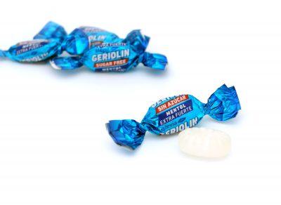 Caramelo Geriolín mentol extra fuerte, sin azúcar y con stevia