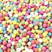 Bombones recubiertos de chocolate y grageados de colores